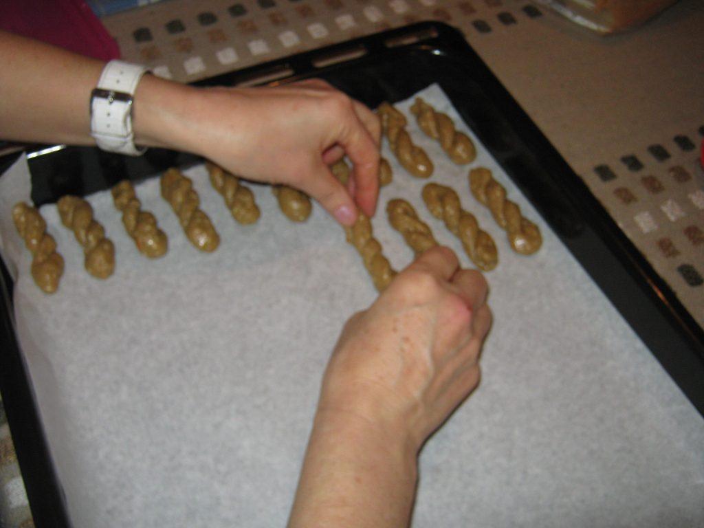 Κουλουράκια τραγανά της παρέας - Γλυκιά συνταγή - 10