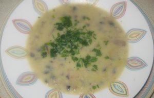 Μανιταρόσουπα με τραχανά - ηχωμαγειρέματα