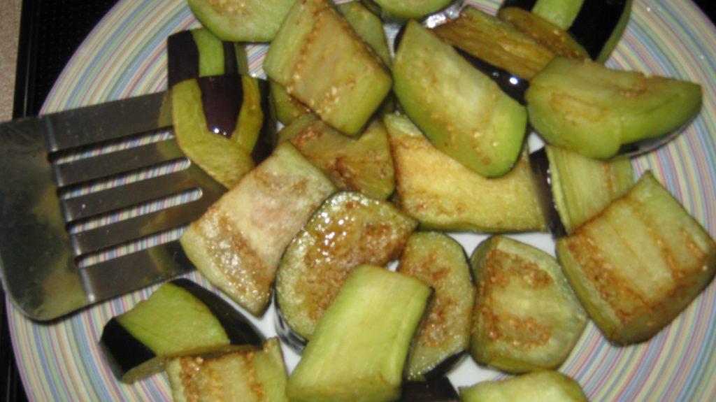 Συνταγή για μελιτζάνες με μοσχαράκι - 4