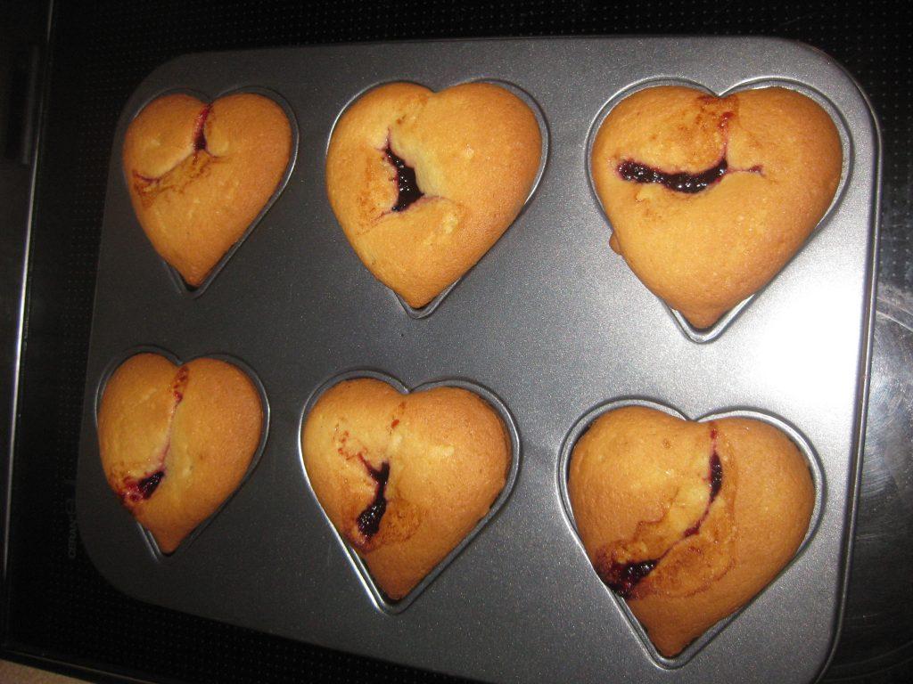Μικρά κέικ με μαρμελάδα - Συνταγή για γλυκό - 8