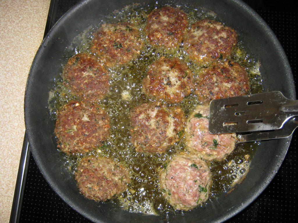 Χυλοπίτες με κεφτέδες στο φούρνο - 4