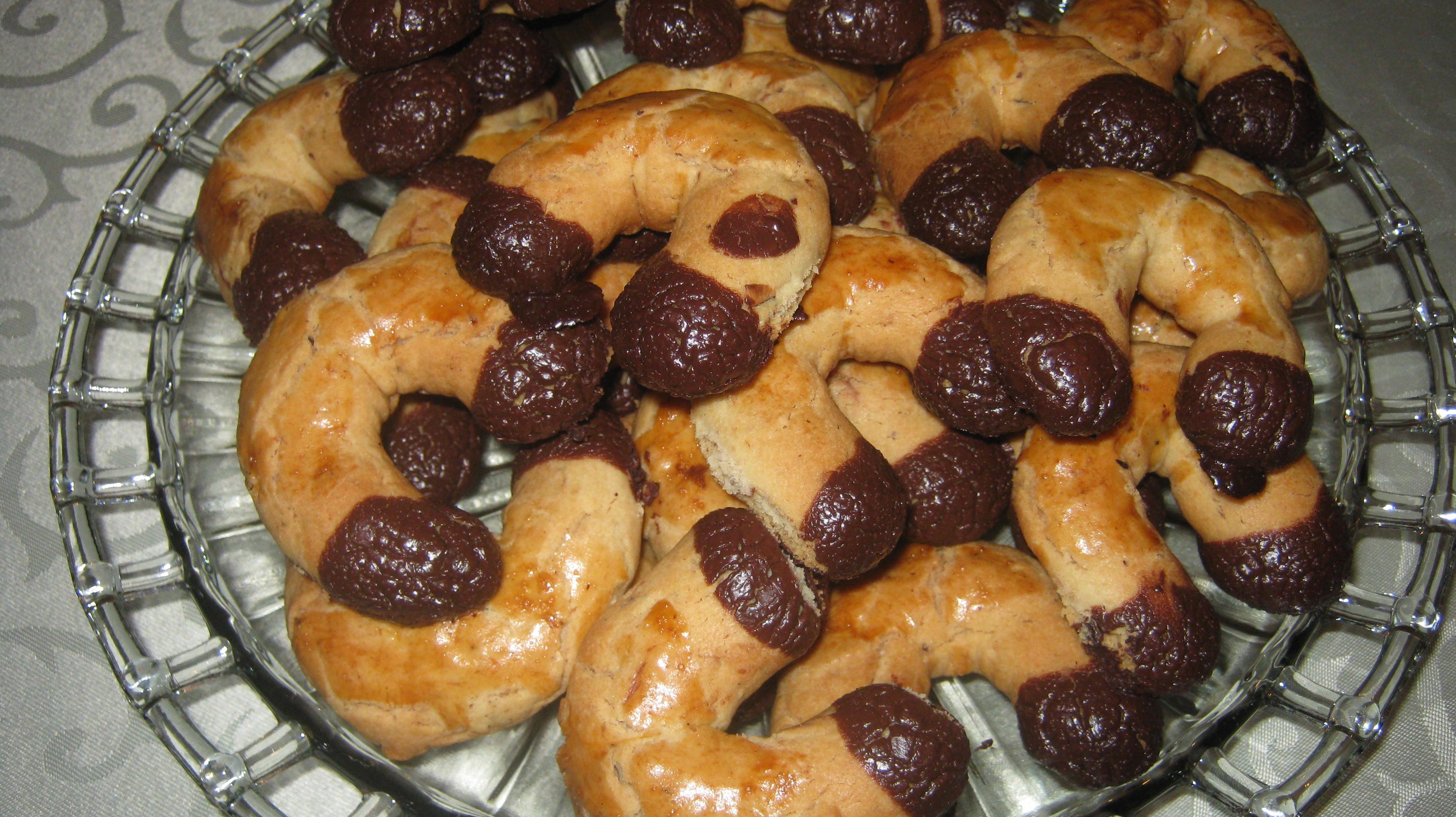 Φουντουκο-βουτηματάκια - Συνταγή - ηχωμαγειρέματα