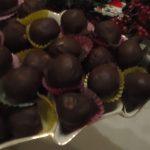 Γιορτινά Αμυγδαλοτρουφοσοκολατάκια