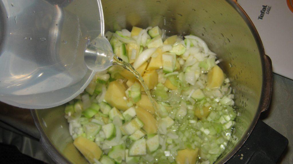 Καλοκαιρινή Πατατόσουπα - 2