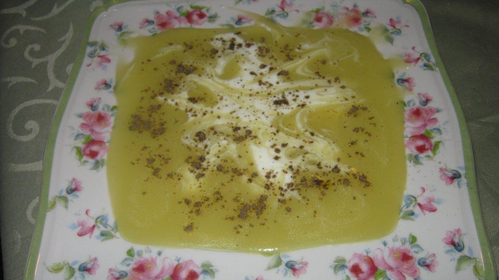 Καλοκαιρινή Πατατόσουπα - Συνταγή - ηχωμαγειρέματα