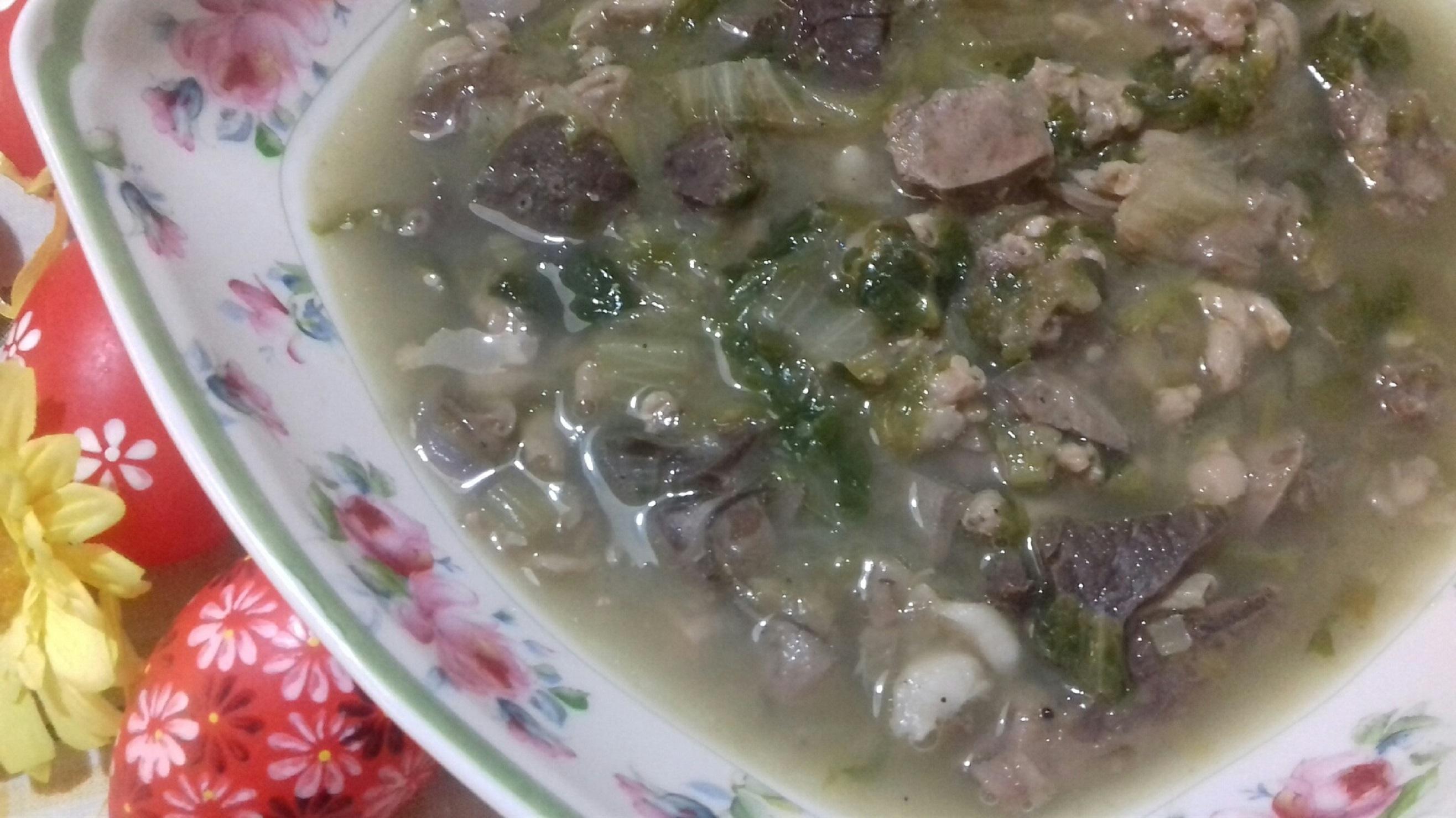 Παραδοσιακή Μαγειρίτσα - Συνταγή - ηχωμαγειρέματα