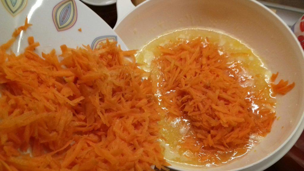 Ζουμερό, πανεύκολο κέικ καρότου - 2