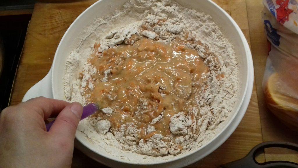 Ζουμερό, πανεύκολο κέικ καρότου - 4