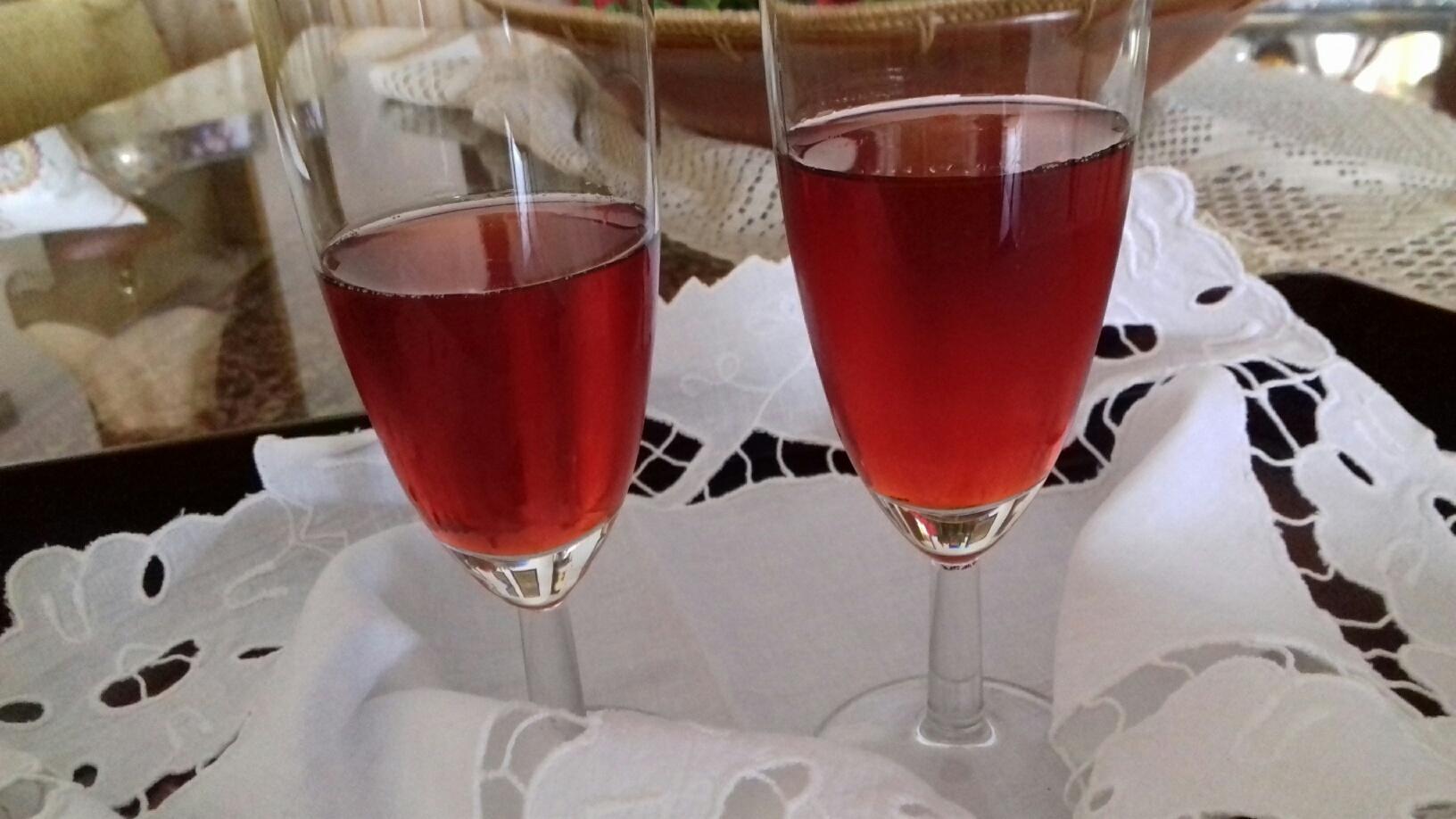 Λικέρ Φράουλα - Συνταγή - ηχωμαγειρέματα