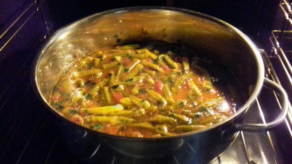 Μπάμιες λαδερές στο φούρνο - 11