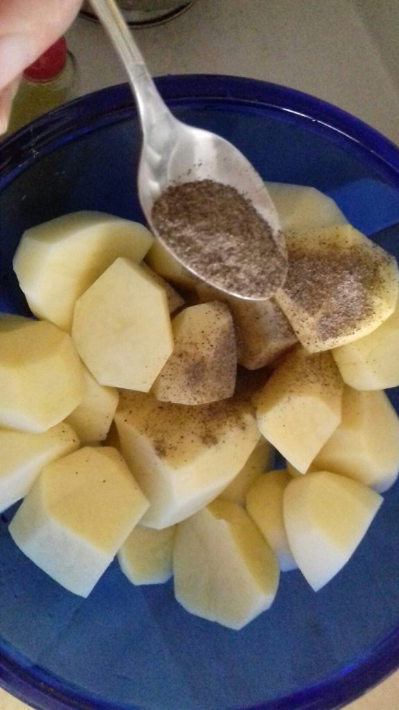Αρνάκι στη γάστρα με πατάτες - 3