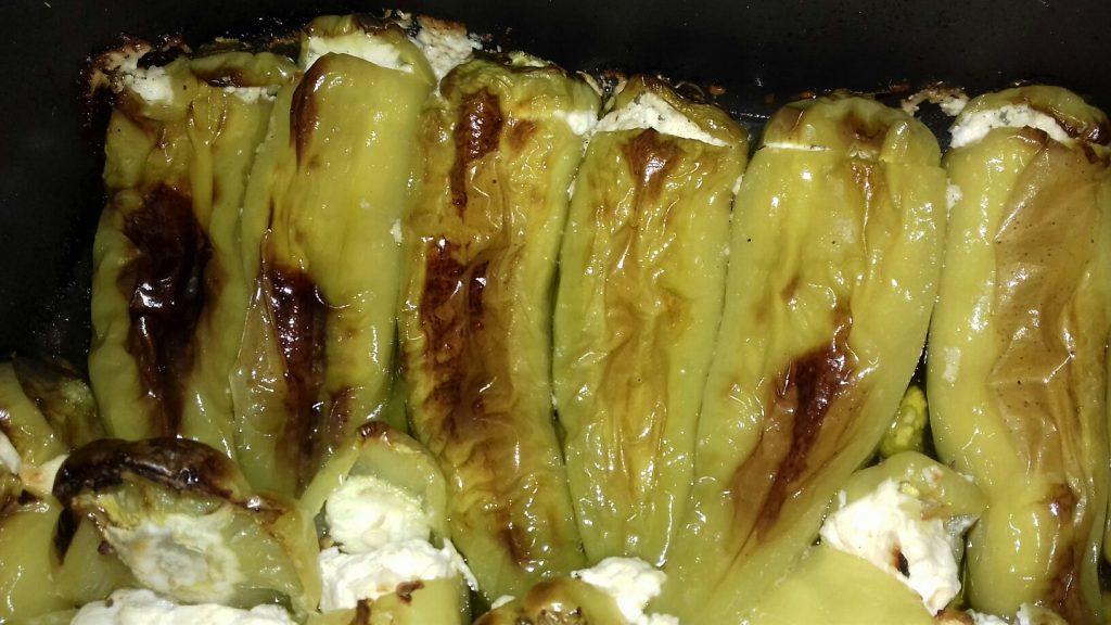 Πιπεριές γεμιστές με κρέμα φέτας - 19