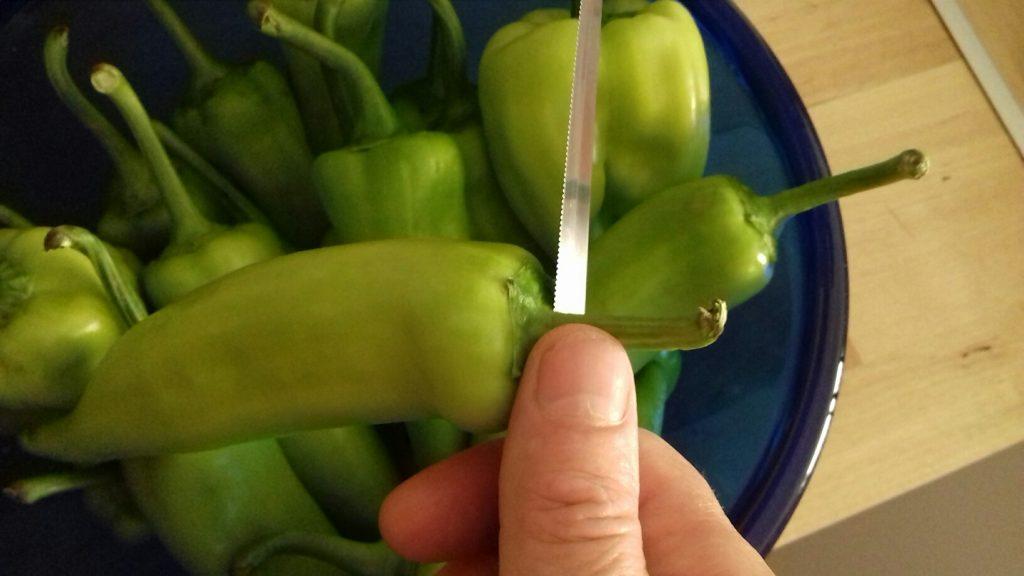 Πιπεριές γεμιστές με κρέμα φέτας - 3