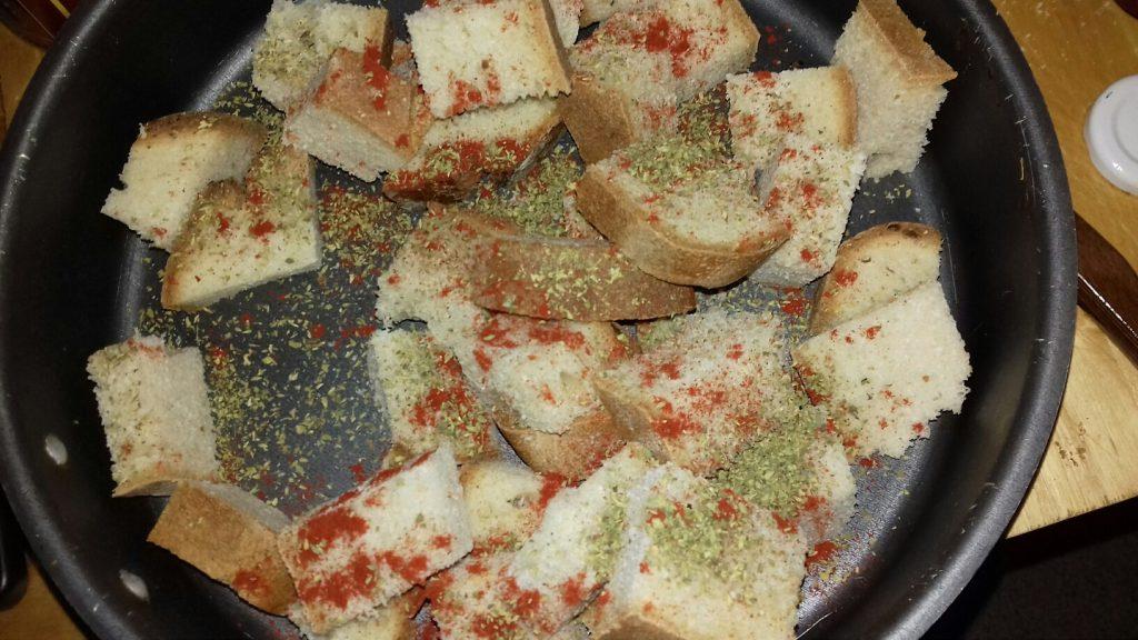 Κρουτονάκια με μπαγιάτικο ψωμί - 12