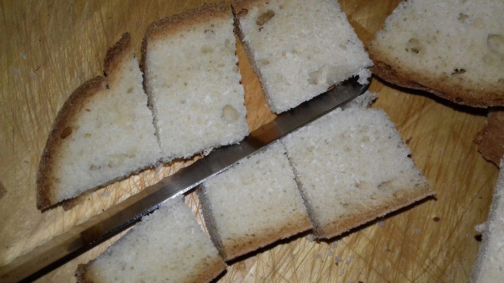 Κρουτονάκια με μπαγιάτικο ψωμί - 3