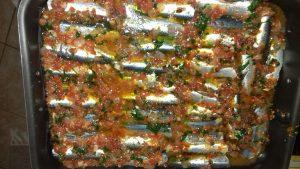 Σαρδέλες με ντομάτα στο φούρνο - 15