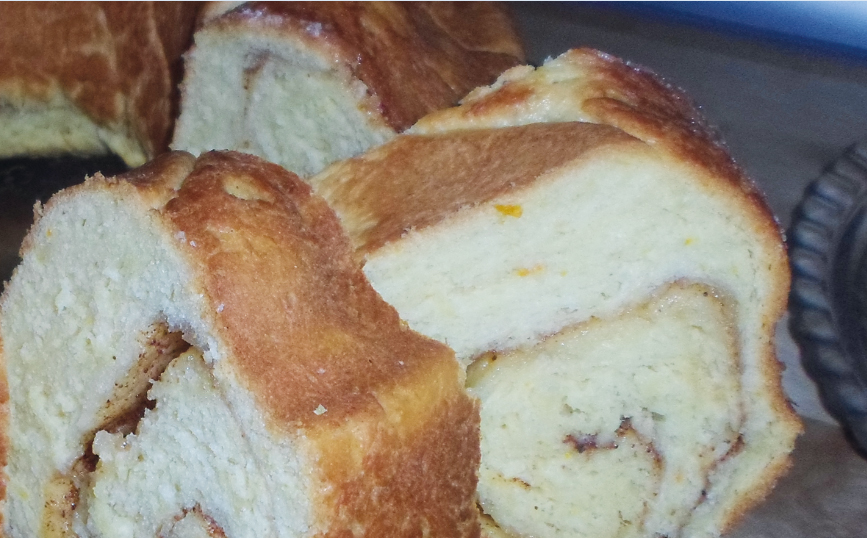 Κέικ τσουρεκάτο, κανέλα - ηχωμαγειρέματα -