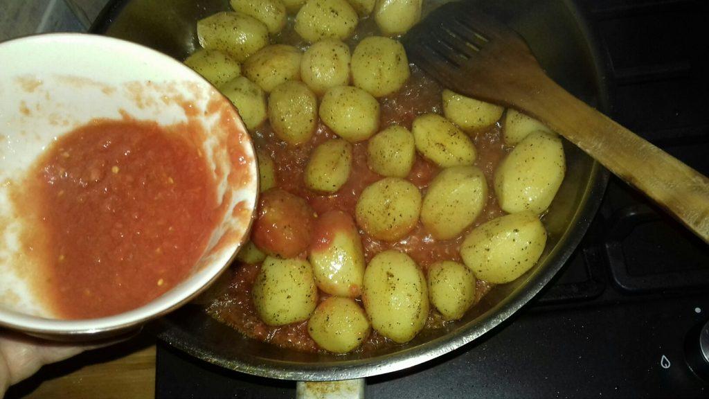 Κοτόπουλο με πατάτες μπέιμπι στο φούρνο - 7