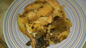 Μπακαλιάρος αγιορείτικος με πατάτες και σάλτσα ντομάτας - 44 - ηχωμαγειρέματα