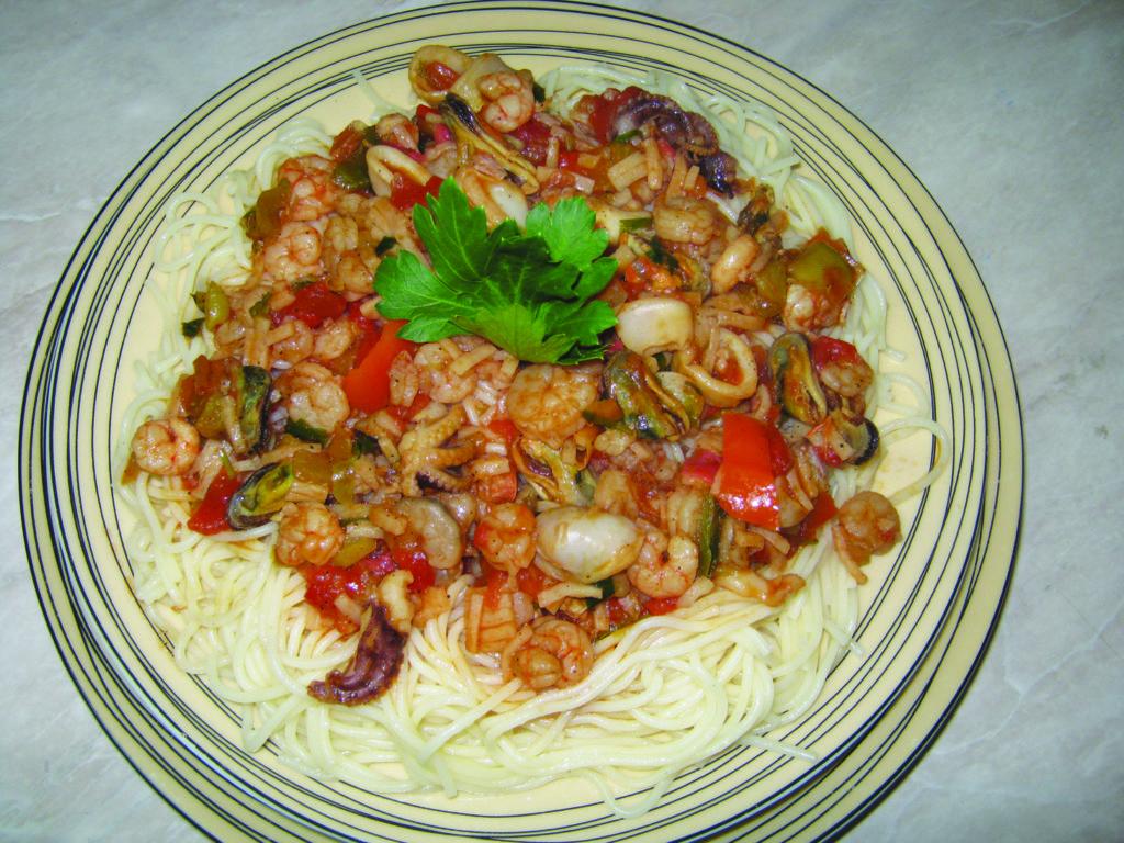 Σπαγγέτι με θαλασσινά της Σοφίας - 8 - συνταγή ηχωμαγειρέματα
