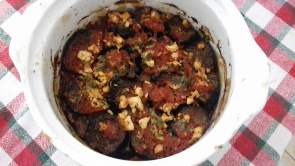 Μελιτζάνες μελωμένες με σάλτσα και τυριά - 26