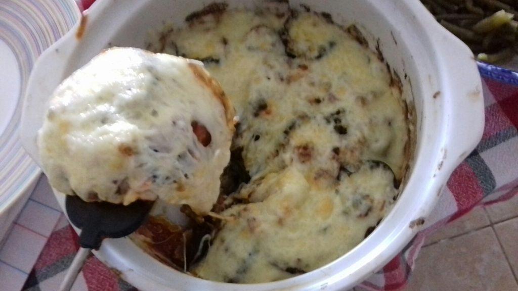 Μελιτζάνες μελωμένες με σάλτσα και τυριά - 29