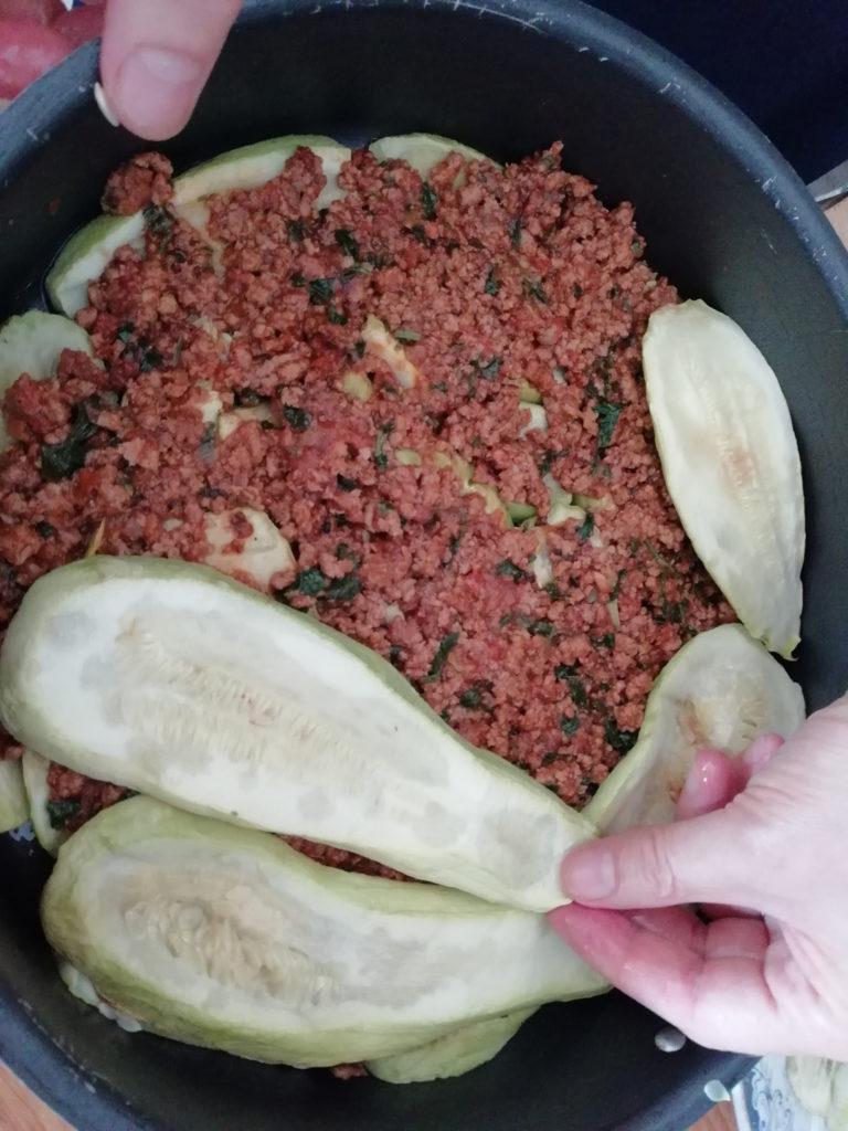 Κολοκυθάκια στο φούρνο με κιμά και μπεσαμέλ - 5a