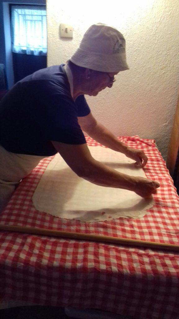 Σταφιδόπιτα - Γλυκιά τραβηχτή στριφτόπιτα με σταφίδες - 28