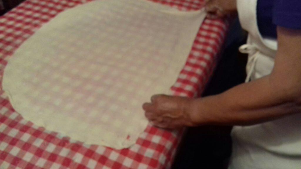 Σταφιδόπιτα - Γλυκιά τραβηχτή στριφτόπιτα με σταφίδες - 5