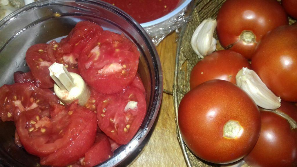 Ο αχταρμάς της Γιαγιάς Μαρικας - ντομάτες - σκόρδο - 7