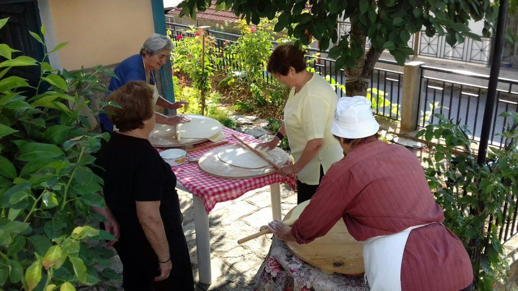 Παρασκευή παραδοσιακών χυλοπιτών - 2018 - 27