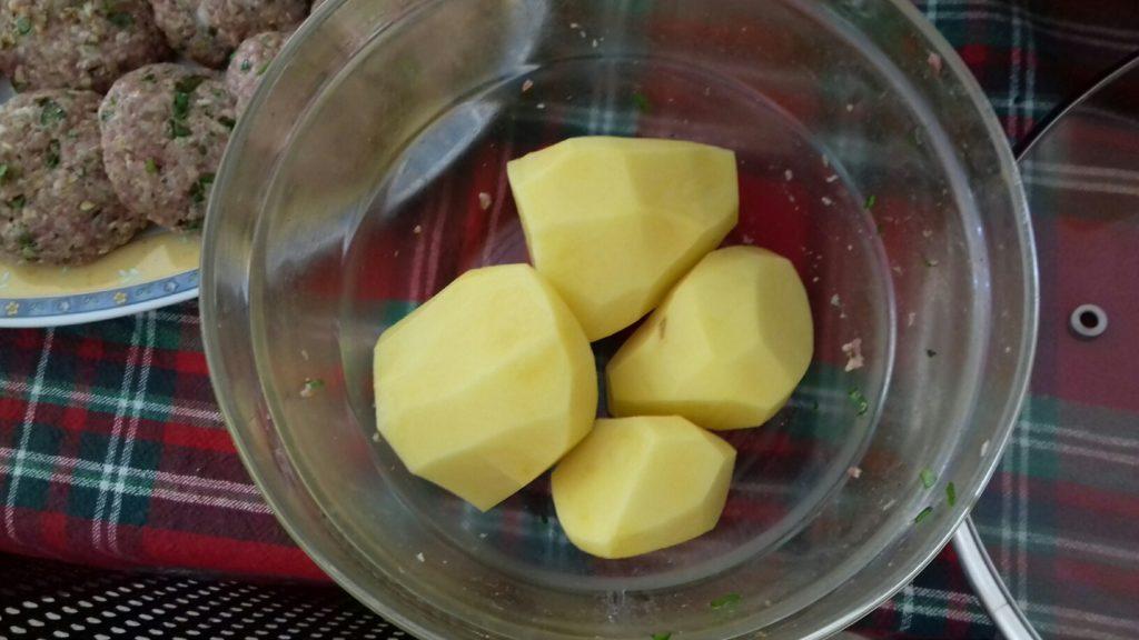 Κεφτέδες με κρεμμύδια και πατάτες στο φούρνο - 19