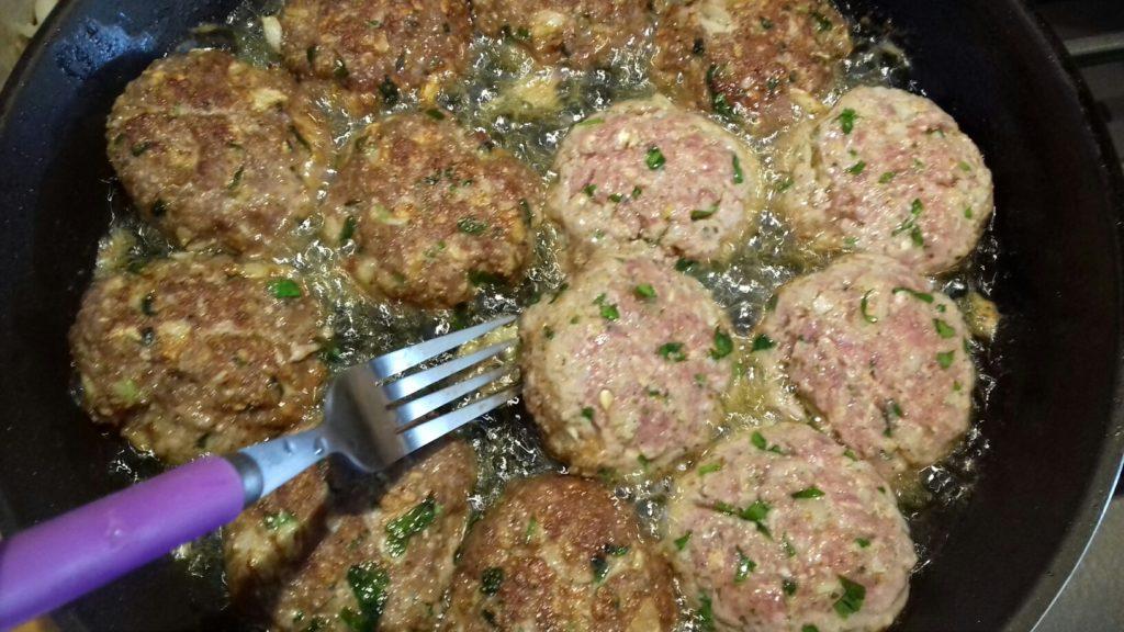 Κεφτέδες με κρεμμύδια και πατάτες στο φούρνο - 21