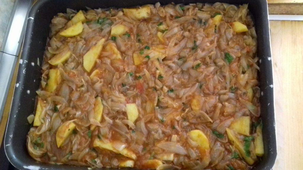 Κεφτέδες με κρεμμύδια και πατάτες στο φούρνο - 36