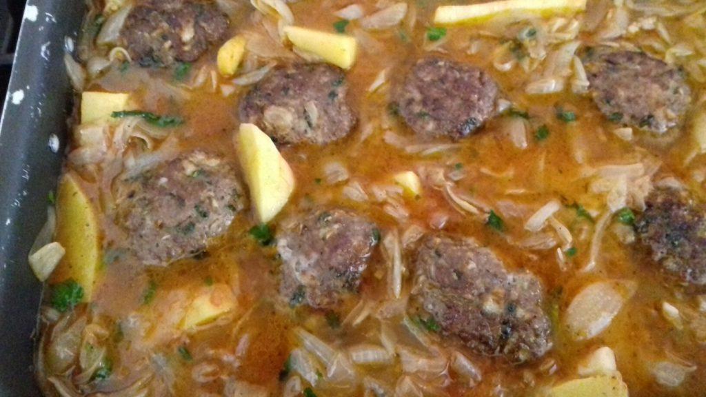 Κεφτέδες με κρεμμύδια και πατάτες στο φούρνο - 41