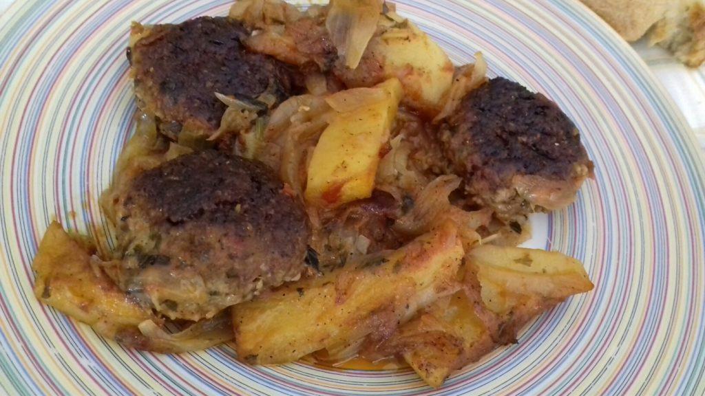 Κεφτέδες με κρεμμύδια και πατάτες στο φούρνο - 46