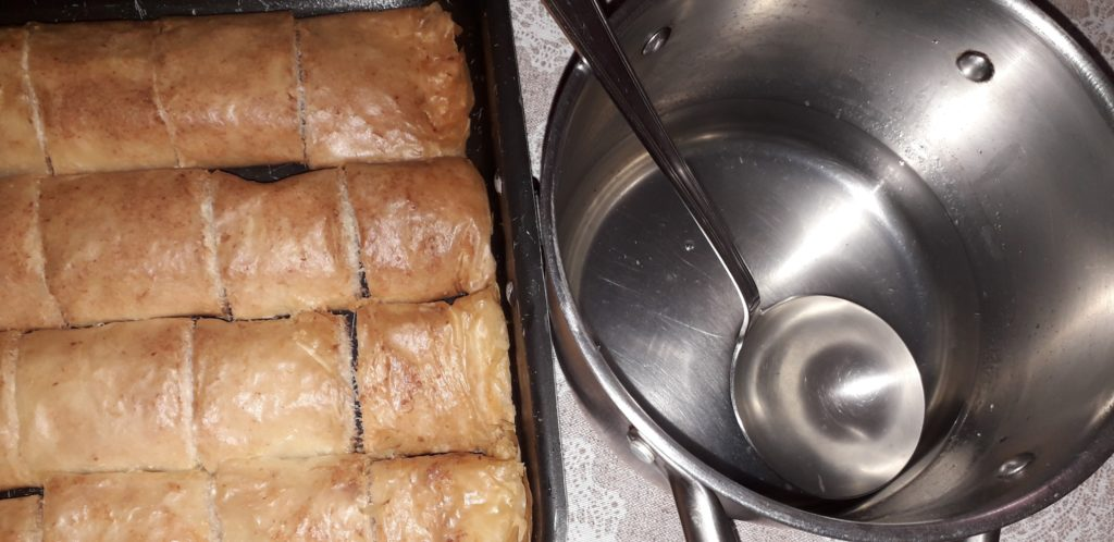 σιροπιαστό γλυκό με ινδοκάρυδο - 24