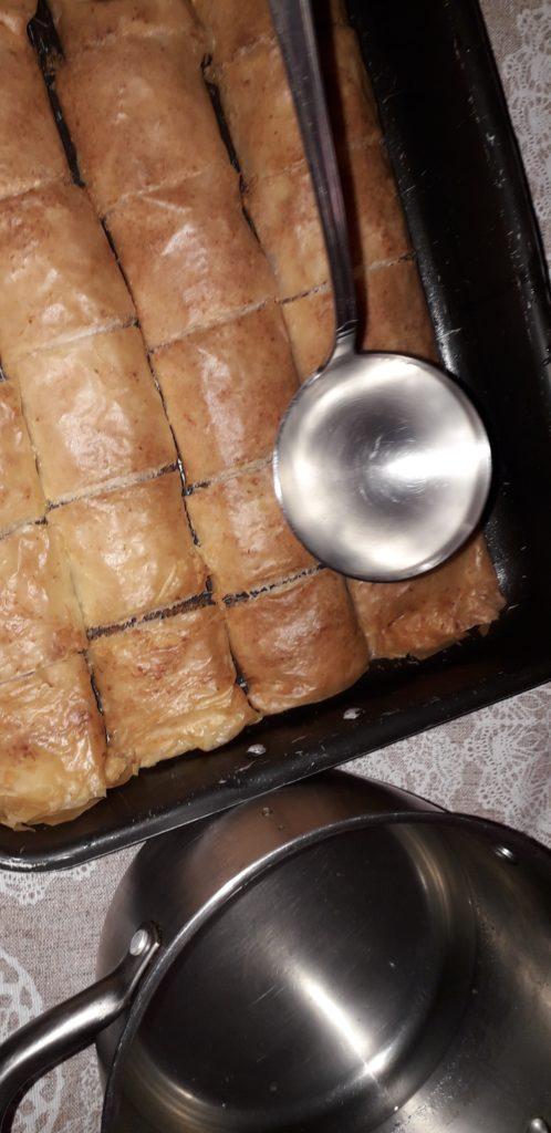 σιροπιαστό γλυκό με ινδοκάρυδο - 25