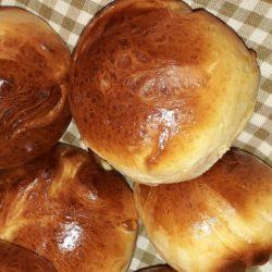 Αφράτα ψωμάκια της Ρούλας