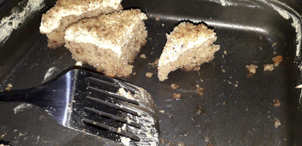 αφράτη καρυδόπιτα με κρέμα βελούδο - 121
