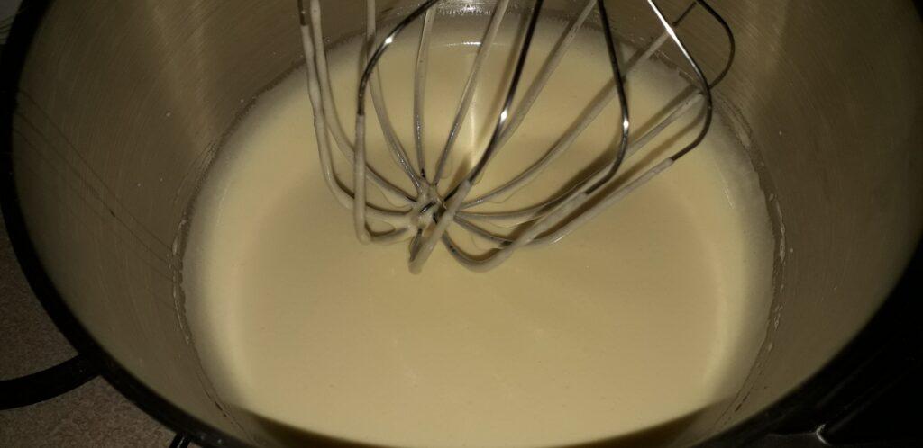 αφράτη καρυδόπιτα με κρέμα βελούδο - 31