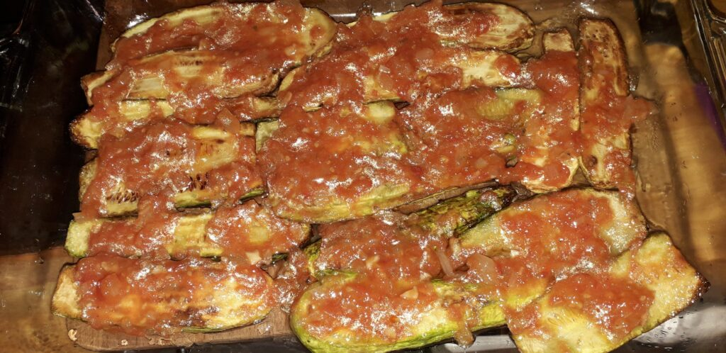 Κολοκυθάκια με τυρί και ντομάτα στον φούρνο - 25