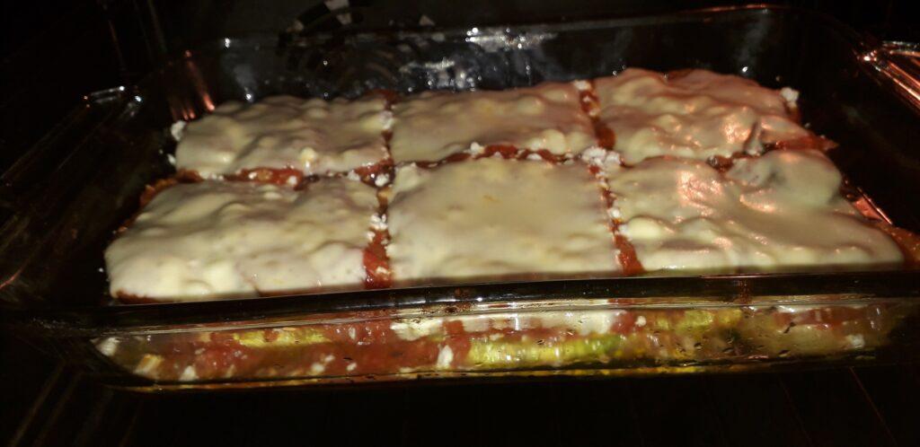 Κολοκυθάκια με τυρί και ντομάτα στον φούρνο - 32