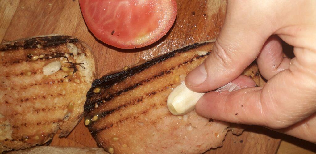 χωριάτικη ομελέτα με πατάτες και κρεμμύδια - 26