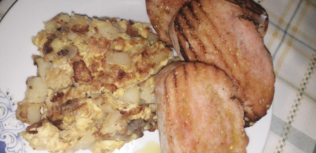 χωριάτικη ομελέτα με πατάτες και κρεμμύδια - 28